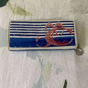 Coach Poppy long wallet